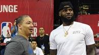 LeBron James và Tyronn Lue như chưa hề có cuộc chia ly