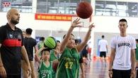 Thang Long Warriors gây ấn tượng mạnh với các em nhỏ Junsport trong buổi School Visit