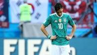 Mesut Ozil từ giã sự nghiệp quốc tế vì bị phân biệt chủng tộc