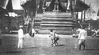 Vì sao Muay Thái chấp nhận xỏ găng như người phương Tây?