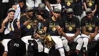 Đội hình siêu nhân của Golden State Warriors sẽ ngốn bao nhiêu tiền lương?