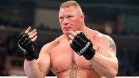 Không có hợp đồng với UFC Brock Lesnar quay trở lại WWE