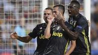 Thẻ đỏ khó tin của Ronaldo và 5 thống kê không thể bỏ qua trận Valencia-  Juventus