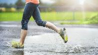 Chạy bộ khi trời mưa và những điều cần ghi nhớ