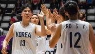 Giọt nước mắt chia ly của các cô gái đội bóng rổ liên Triều hậu ASIAD 2018