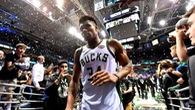 Khán giả Milwaukee lên đường tới Boston vì giấc mơ thắng lợi