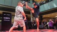 Bản tin MMA 26/10: Các võ sĩ thể hiện tại Open Workout UFC FN 119