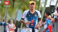 """""""Người sắt"""" Minh Anh: bơi ếch 3,8km biển chinh phục Ironman"""