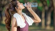 Bạn đã uống nước đúng cách trong khi tập GYM?