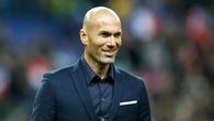 """HLV Zidane là """"gà đẻ trứng vàng"""" nhờ mua ít nhưng vẫn rinh đầy Cúp"""