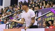 Nỗi niềm Ngô Tuấn Trung ngồi ngoài nhìn HCMC Wings thất bại