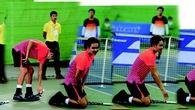 Giải tennis VĐQG 2015: Tuyển thủ vái lạy trọng tài