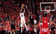 """Golden State Warriors và Houston Rockets không thiếu """"những người thích đùa""""!"""