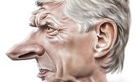 Cuộc gặp kinh hoàng giữa Wenger và kẻ không ngờ