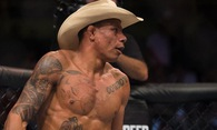 Bản tin MMA 14/3: Alex Oliveira sẽ hạ Carlos Condit trong 2 hiệp?