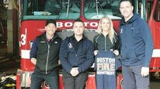 Lính nữ cứu hỏa vô địch marathon được thưởng xe Toyota Yaris