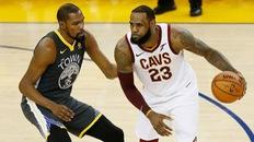 Kevin Durant có đang âm mưu đến Los Angeles Lakers để làm đồng đội LeBron James?