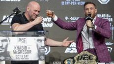 Conor McGregor... tài trợ ngược cho UFC và chính bản thân