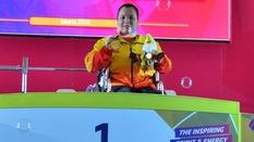 """Đặng Thị Linh Phượng: Nữ hoàng cử tạ người khuyết tật """"lên đỉnh"""" châu Á"""
