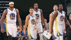 5 đối thủ có thể khiến Golden State Warriors đổ mồ hôi hột