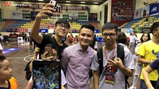Quang Hải: Bóng rổ quá hấp dẫn và khác biệt bóng đá nhiều