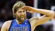 Dirk Nowitzki sắp đi vào lịch sử NBA