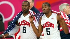 Kevin Durant cảm ơn LeBron James vì... từ bỏ đội bóng cũ?