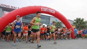"""Longbien Marathon 2018: Đường chạy mới """"chuẩn Boston"""""""