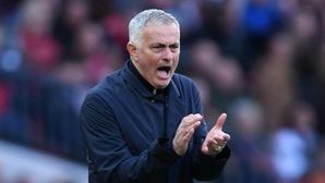Lại rộ thông tin MU sẽ sa thải Jose Mourinho nếu thua đội bóng cũ Chelsea