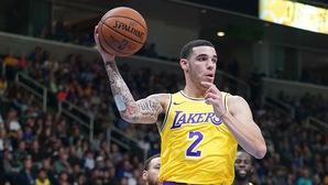 Lonzo Ball hoàn toàn không phù hợp với LA Lakers?