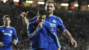 Nóng: Rò rỉ đoạn clip Hazard kí hợp đồng mới với Chelsea