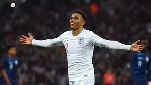 Ảnh hưởng kinh ngạc của hậu vệ Liverpool trong trận thắng của ĐT Anh