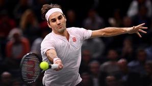 """Federer nh?n """"gáo n??c l?nh"""" ngay tr?n ra quân ATP Finals"""
