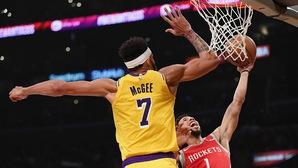 Ai là ông vua goaltending mùa này tại NBA?