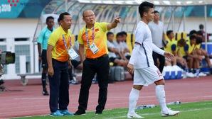 """HLV Park Hang Seo """"mổ xẻ"""" Olympic Bahrain trước cuộc đối đầu tại vòng 1/8 ASIAD 2018"""