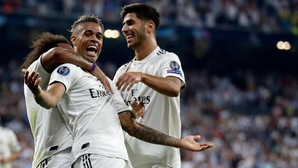 """CĐV Real chờ đợi """"số 7 mới"""" tiếp tục gieo sầu cho Espanyol suốt 2 thập kỷ"""