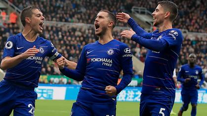 Bắt chặt Eden Hazard không phải là thách thức duy nhất cho Man Utd và Mourinho khi gặp Chelsea