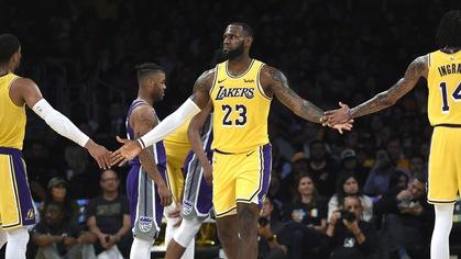 Nếu LeBron James thích Damian Lillard, LA Lakers có thể trao đổi Lonzo Ball?