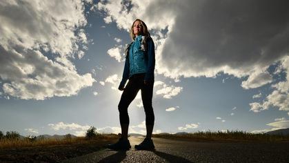 Khó tin: cô gái chạy ultra marathon chỉ với một quả thận