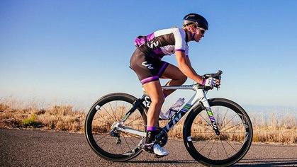 Quần áo đi xe đạp thể thao – Thế nào mới là thích hợp?
