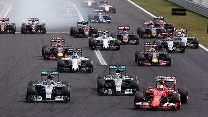 """Vì sao chưa ai """"ném đá"""" vào trường đua F1?"""