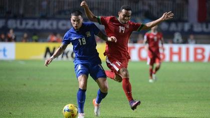 """Tuyển Indonesia """"chê"""" cầu thủ Thái Lan không có kinh nghiệm đá AFF Cup"""