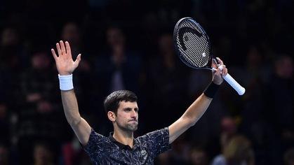 Djokovic vào bán kết ATP Finals với thành tích toàn thắng