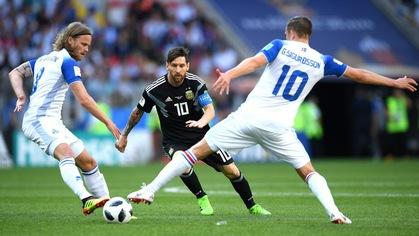 """Argentina sắp xếp """"đối tác"""" mới giúp Messi tỏa sáng sau khi tịt ngòi trước Iceland"""