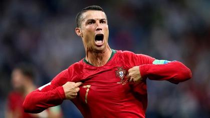 Thăng hoa ở World Cup, bao giờ Ronaldo cán mốc 100 bàn cho Bồ Đào Nha?