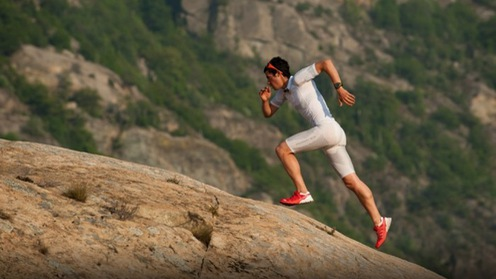 """7 """"bí kíp"""" giúp bạn chạy leo dốc nhẹ nhàng hơn"""