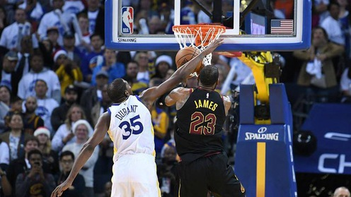 NBA thừa nhận trọng tài mắc sai lầm trong đại chiến Cavaliers - Warriors