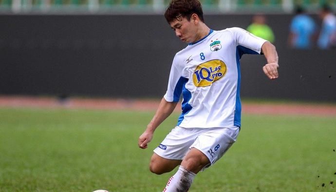 """Những bàn thắng ấn tượng của """"Thánh đá phạt"""" Minh Vương trước thềm AFF Cup 2018"""
