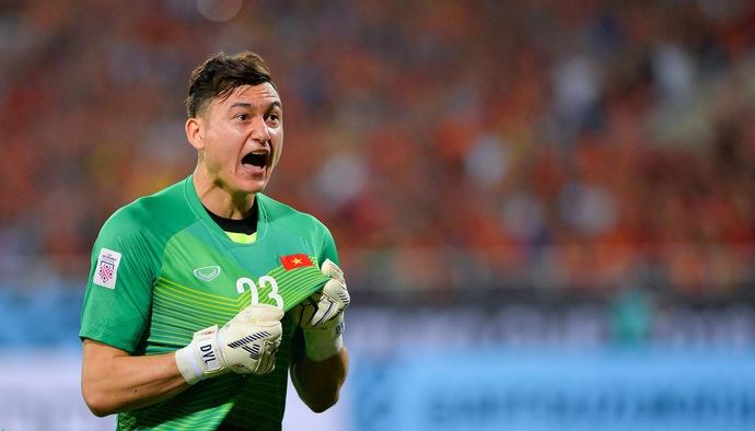 Chung kết AFF Cup 2018: Pha cản phá xuất thần như De Gea của Đặng Văn Lâm trước cú sút hiểm hóc của ĐT Malaysia