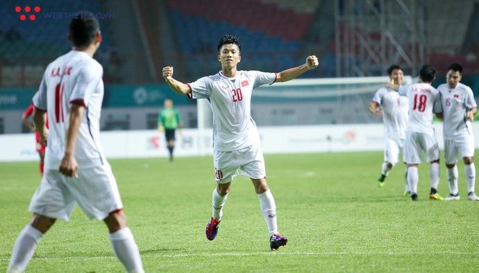 Màn trình diễn chói sáng của Phan Văn Đức trong cuộc đối đầu Olympic Việt Nam - Olympic Nepal